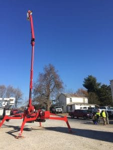 New track-mounted aerial lift